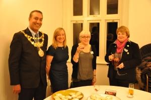 Mayor of Warwick Councillor Prahhjit 'Bob' Dhillon and Big Picture Show: Warwick volunteers