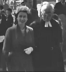 Queen in Stratford 1957 lightened